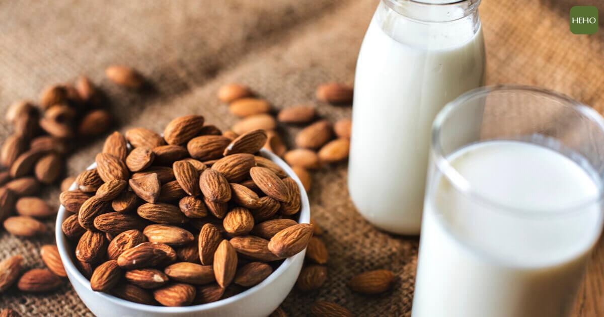 補充蛋白質只能靠吃肉?「植物奶」是你的新選擇