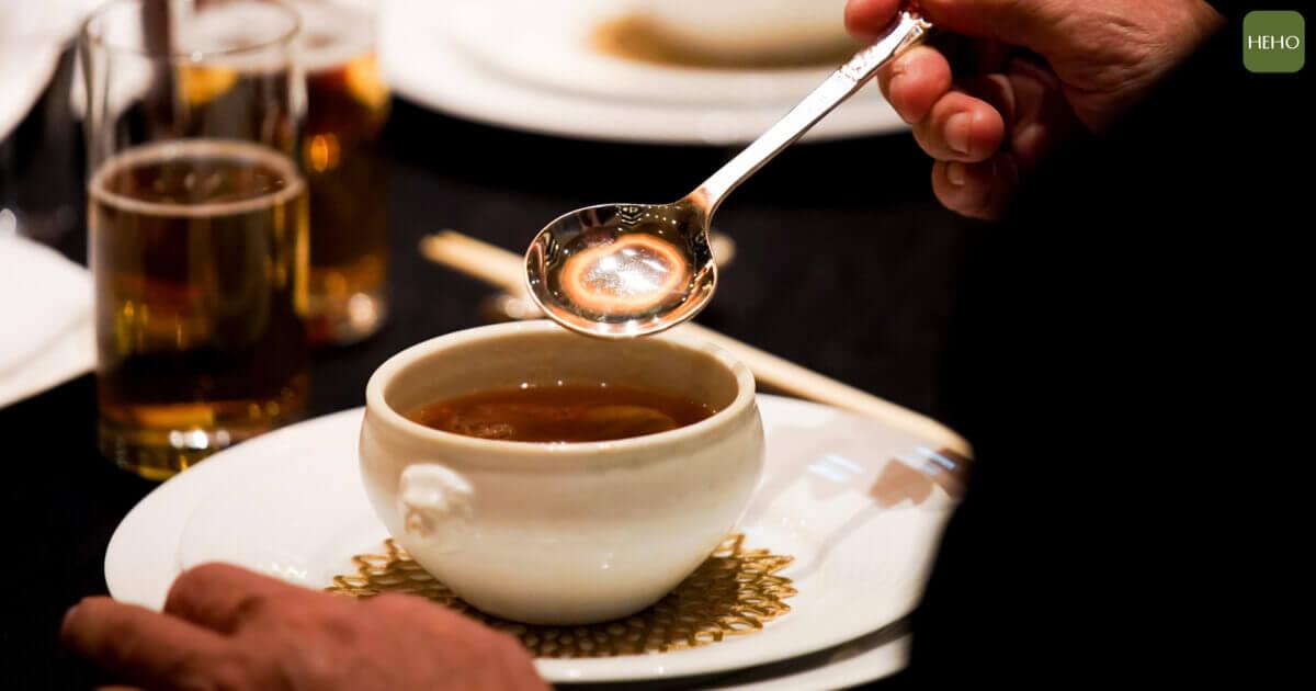 誰說喝湯只會變胖?推薦 3 道可補充精神的湯品!