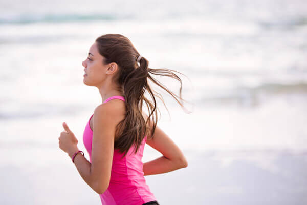 身體不知不覺老化?每天 4 運動讓身體「肌」不可失