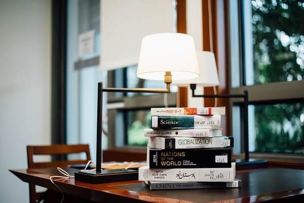 這樣打造極簡效率高的書房