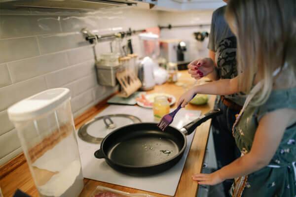 總覺得煮菜很麻煩?一湯一菜讓下廚變得更好玩
