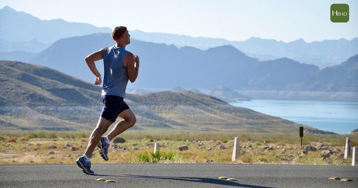 一跑步膝蓋就會痛?研究:跑步並不會造成膝關節退化
