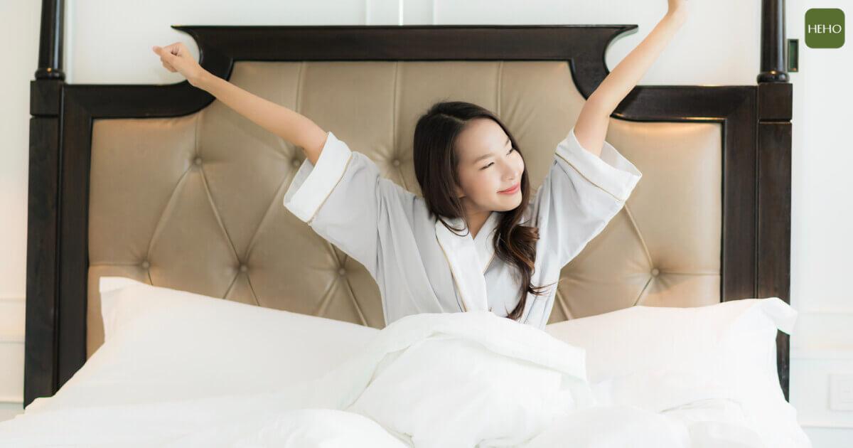 起床後總是腰痠背痛?挑對寢具讓身體躺得更舒服