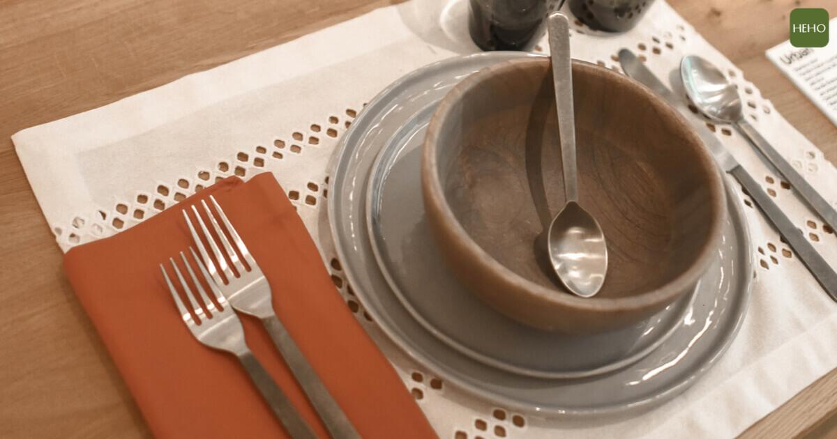 不知不覺吃進毒素?越漂亮的餐具越要小心