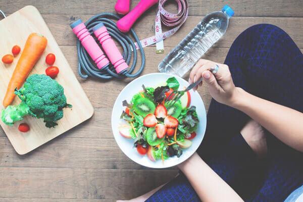 為了減肥吃水煮餐?告訴你少油飲食不會瘦的 3 原因!