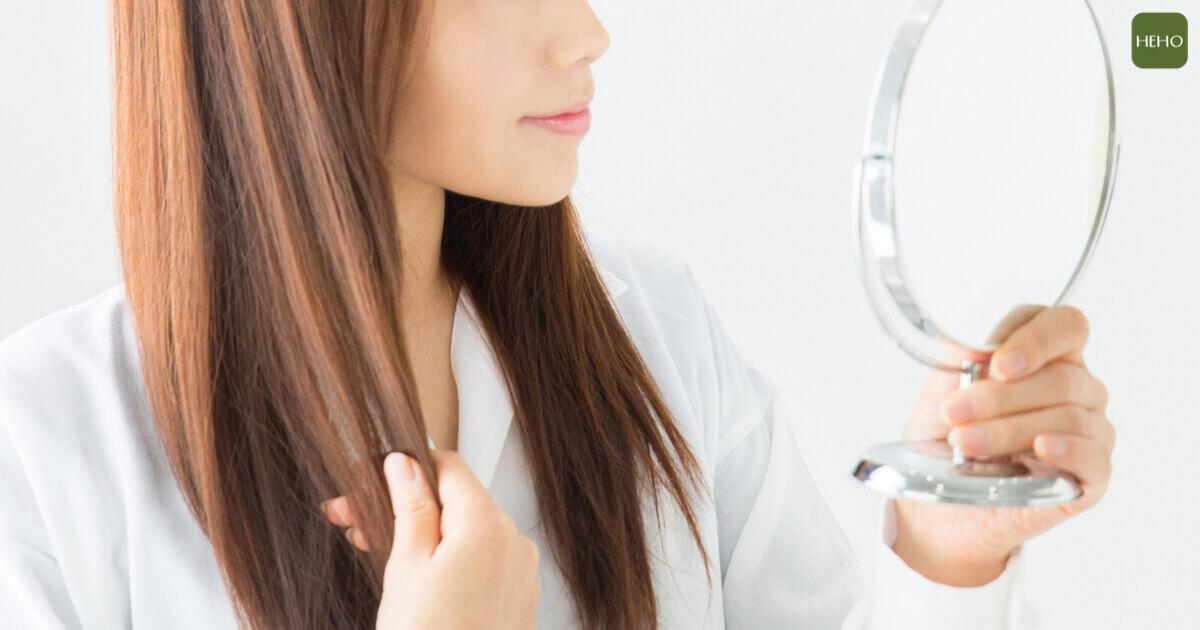 出現白髮、狂掉髮表示有年紀了?吃對營養讓頭髮更健康