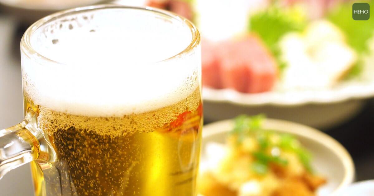 想喝酒卻又不想喝醉?零酒精啤酒喝多了也不怕
