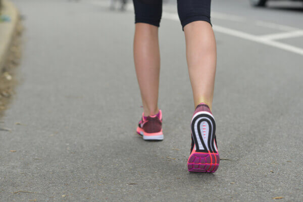 走路是最簡單的運動!走對方式有助瘦身、降三高