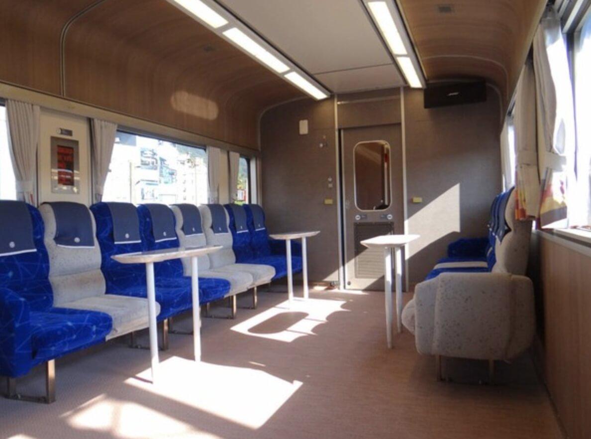 搭經典蒸氣火車2日遊!結合「美學車廂」玩起來好愜意
