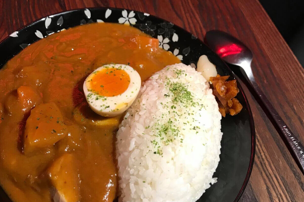 聞到味道就令人胃口大開!精選台北 5 家必吃的特色咖哩飯