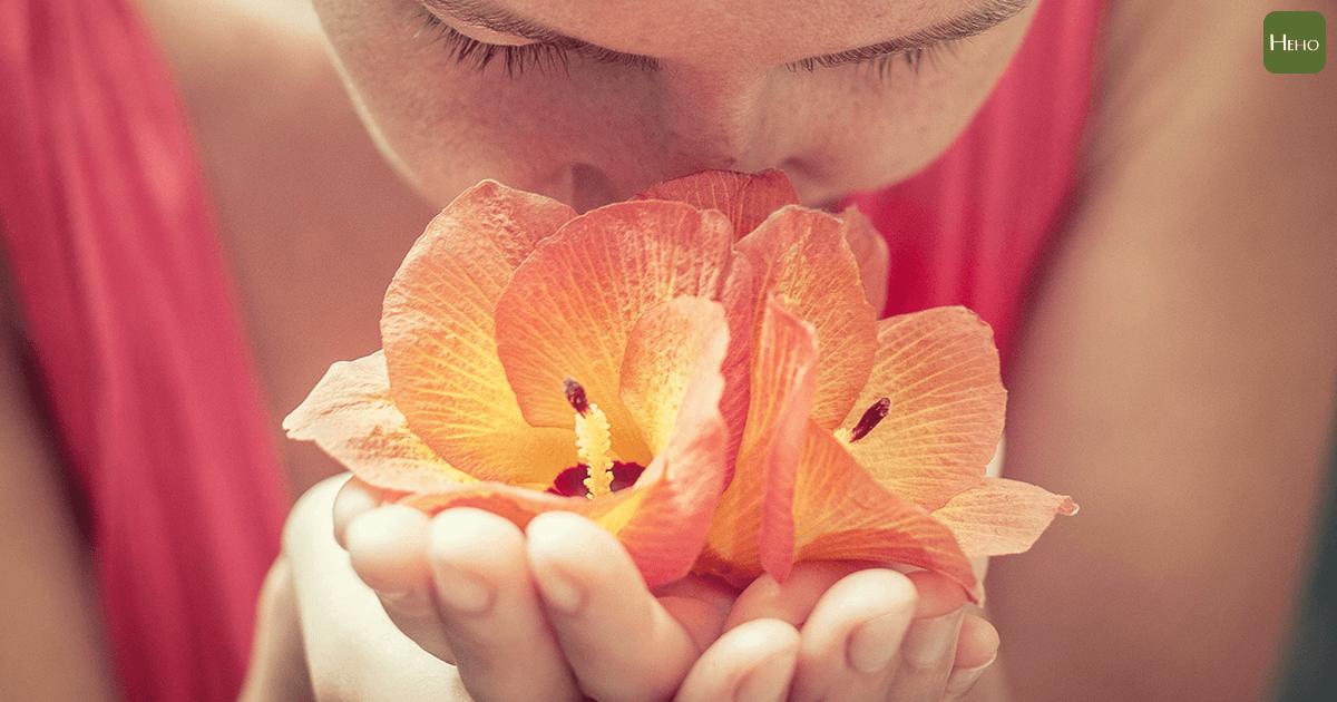 面對疫情覺得焦慮緊張?這時候就透過芳香療法緩和心情吧!
