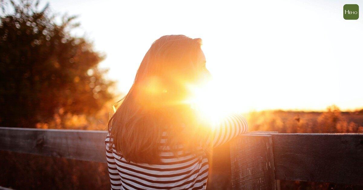 一周心情大解密:星期一不一定最憂鬱,但周末是最幸福的!