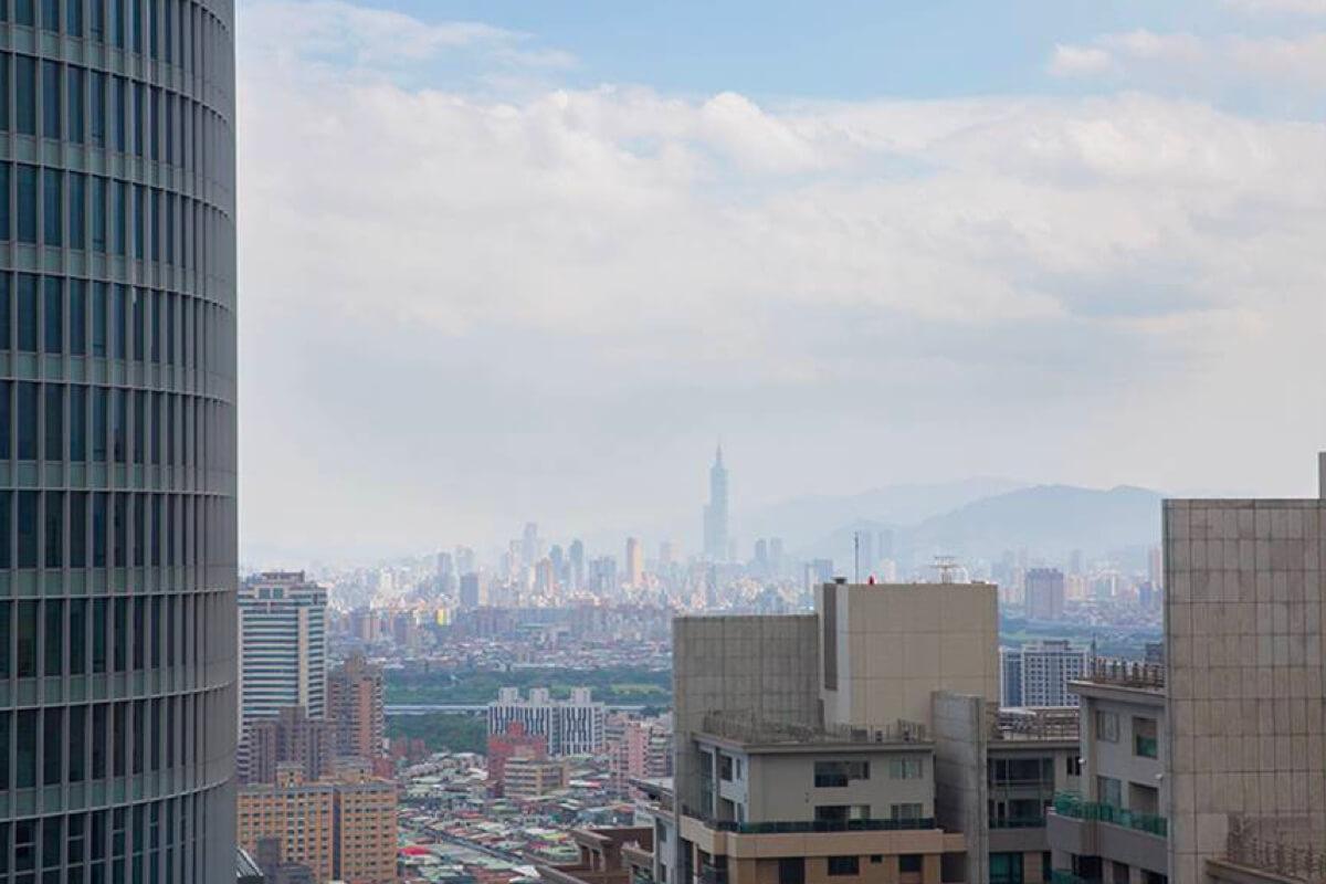 新北欣賞夜間低垂的好去處!高樓夜景餐廳不是只有台北101才有