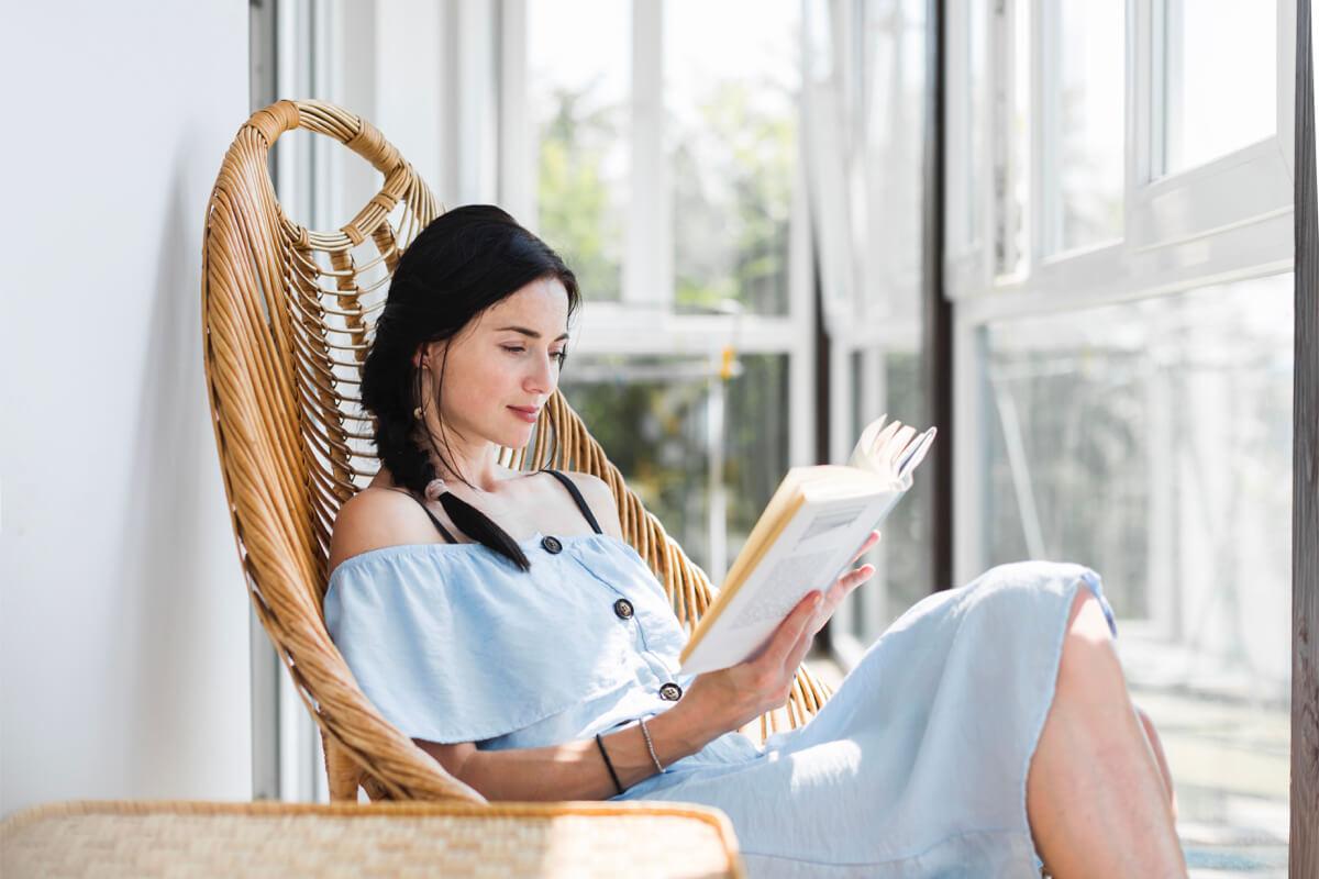 現在流行的優雅人生長這樣!短暫的散步、閱讀使人充滿餘裕