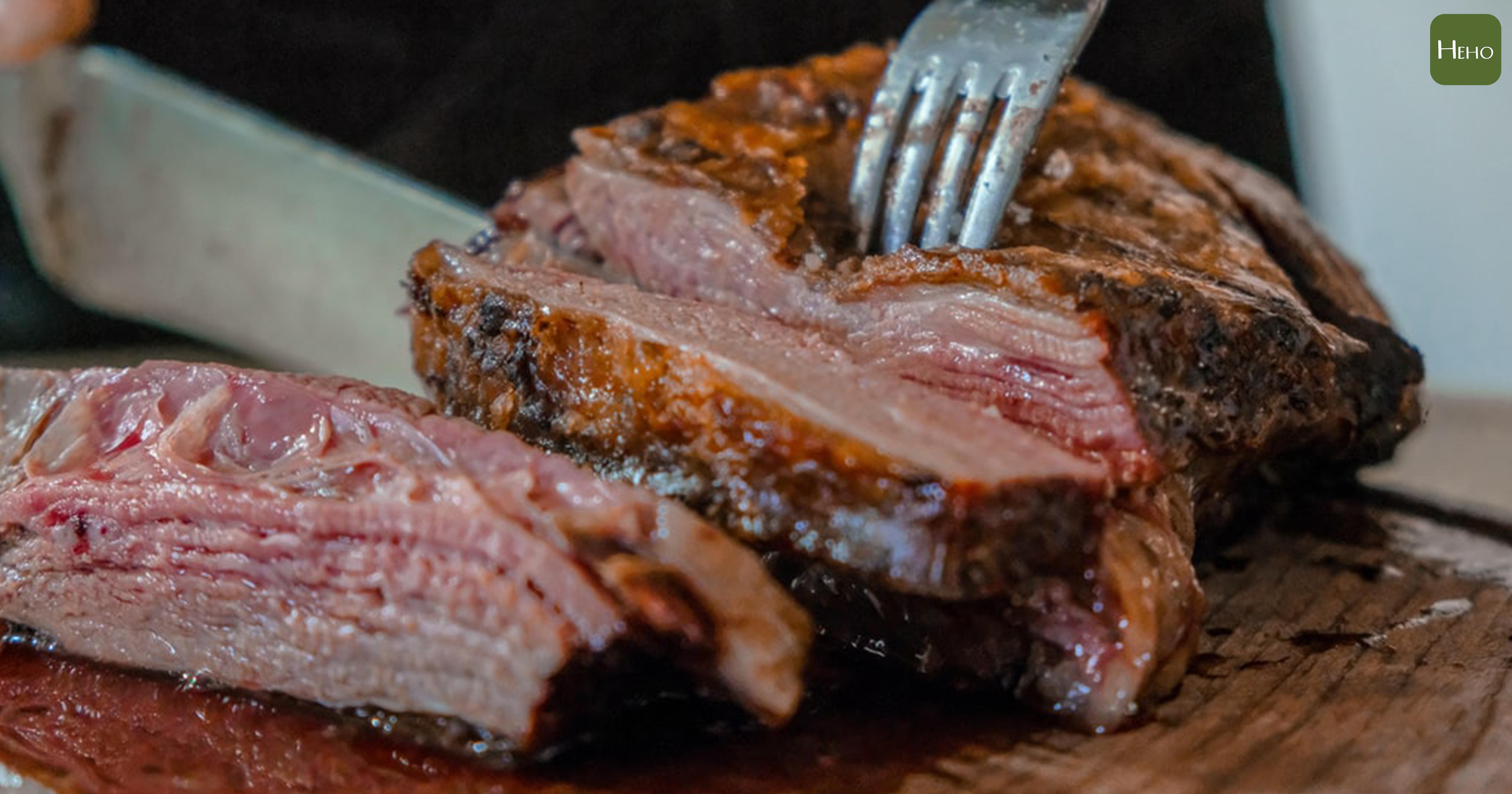 如何把肉煎得好吃?先了解不同溫度的口感變化